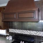 the big oak American ranch series. Beautiful wood Vent hood in kitchen.